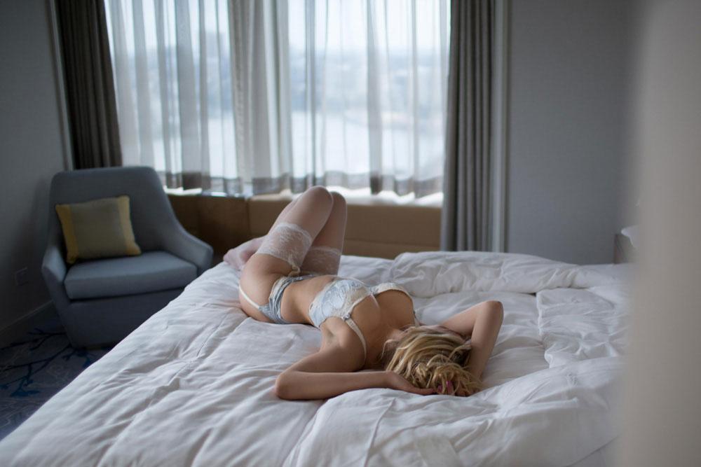 stockings escort tel aviv